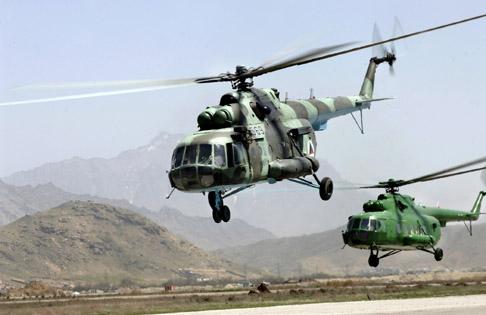 Afghanistan-helos-training-April2007.jpg