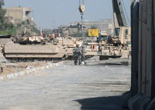 Sadr-City-barrier-05092008.jpg