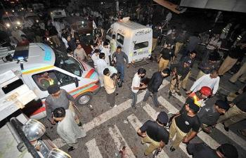 lahore-suicide-attack-08132008.jpg