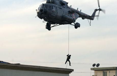 mumbai-commando-assault.jpg