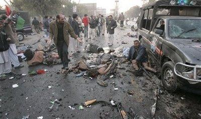 pakistan-bhutto-assassination-12272007.jpg