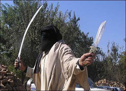 pakistan-swat-taliban-sword-11052007.jpg
