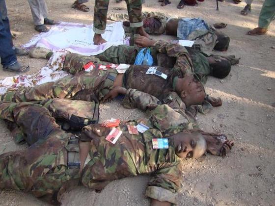 http://www.longwarjournal.org/threat-matrix/assets_c/2012/09/Kenyan-soldiers-Kismayo-1-thumb-560x420-1093.jpg