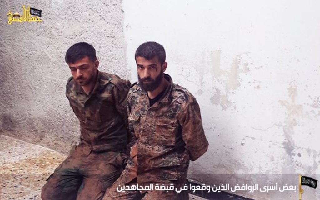 16-05-06 Jund al Aqsa captured Shiite fighters in Khan Tuman