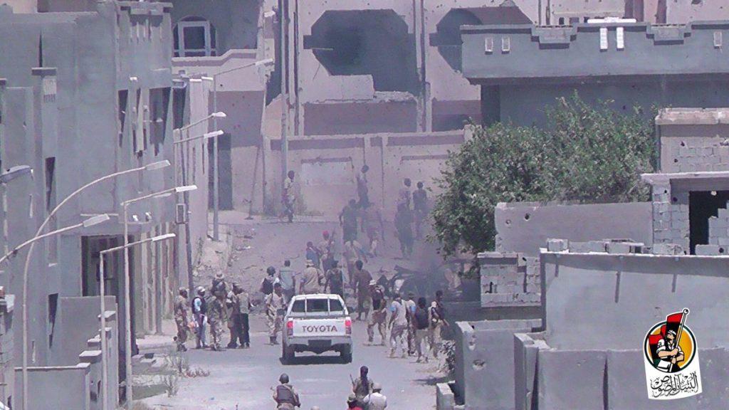 16-08-16 Fighters advancing in Residential neighborhood 2 7