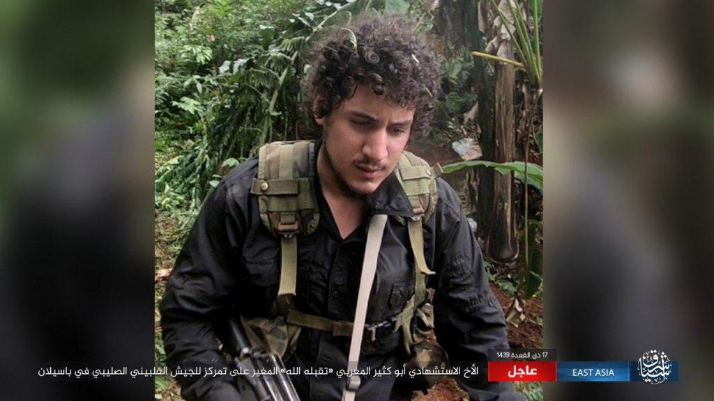 El Estado Islámico afirma que un combatiente extranjero bombardeó un puesto de control militar en Filipinas 18-07-31-Abu-Kathir-al-Maghrebi-suicide-bomber-Philippines-1024x576